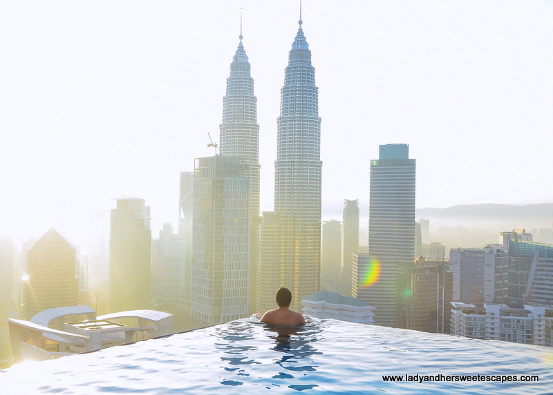 Where to get the best view of petronas twin towers in kuala lumpur lady her sweet escapes for Best hotel swimming pool in kuala lumpur
