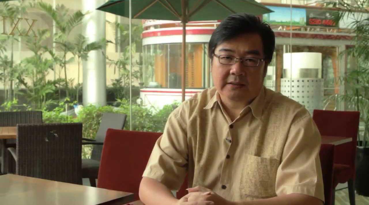 Hendrik Tio orang kaya raya dari situs internet