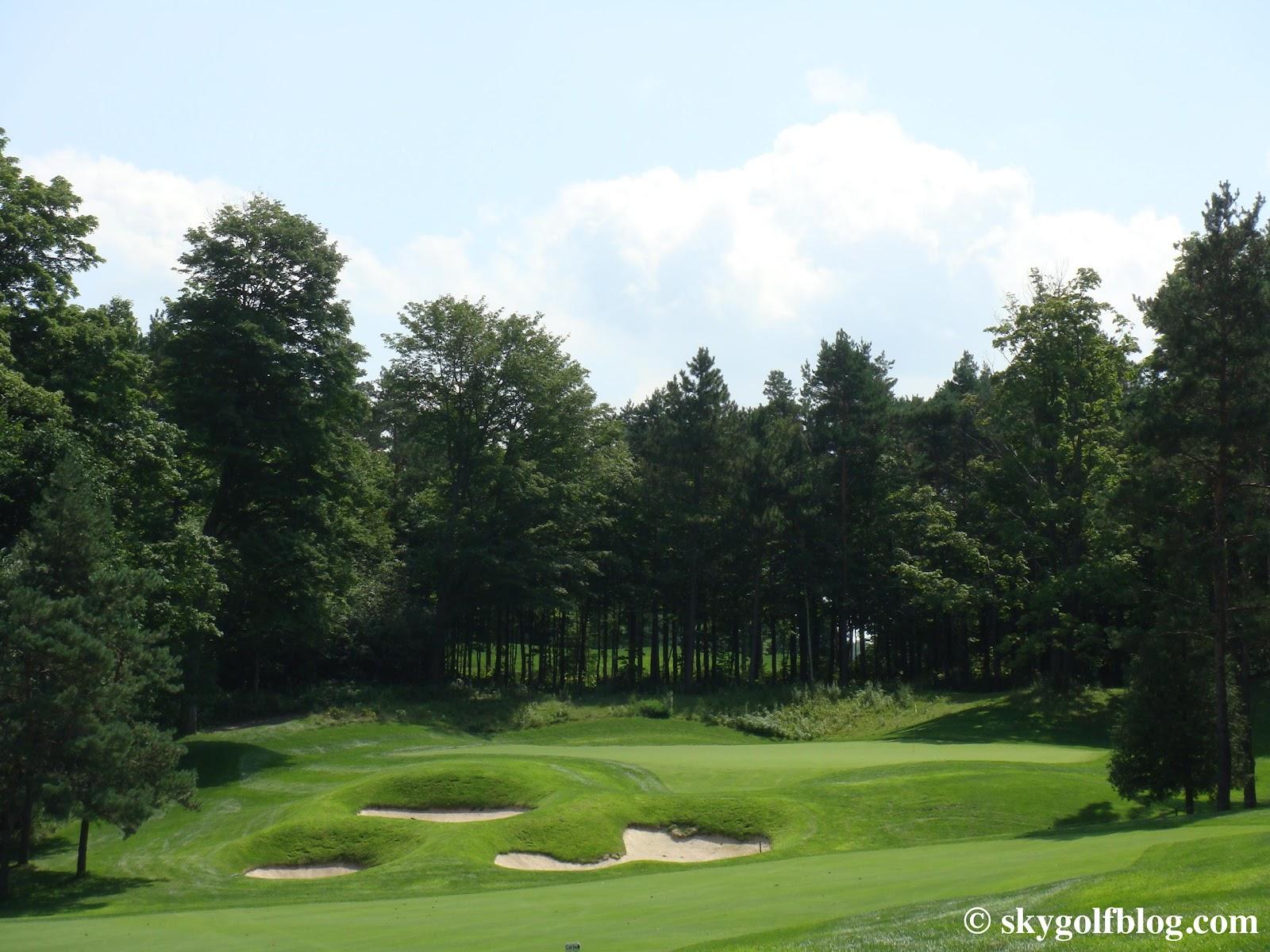 SkyGolf Blog... Golf Courses Around the World: Wooden ...