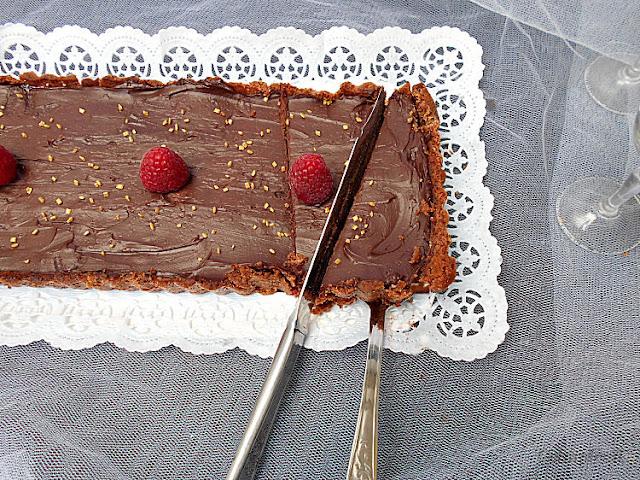 ganache chocolate e frutos vermelhos tarte