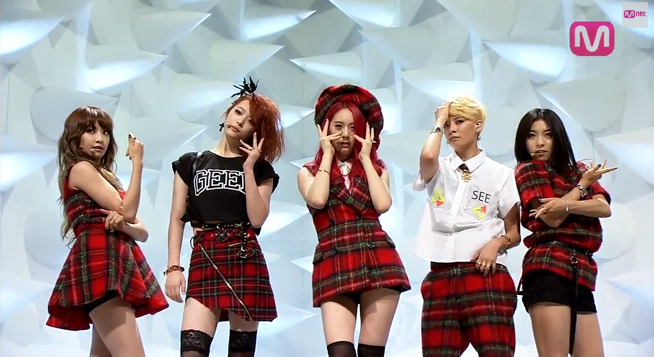 Oddness/Weirdness: f(x) Makes An Exciting Comeback On M ... F(x) Sulli Rum Pum Pum Pum