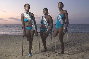 Gambar Kontes Ratu Ranjau