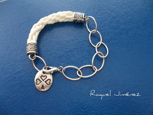 pulsera kumihimo con cadena