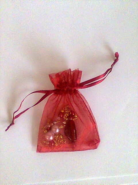 JEWELLERY IN A BAG - RED WINE NECKLACE