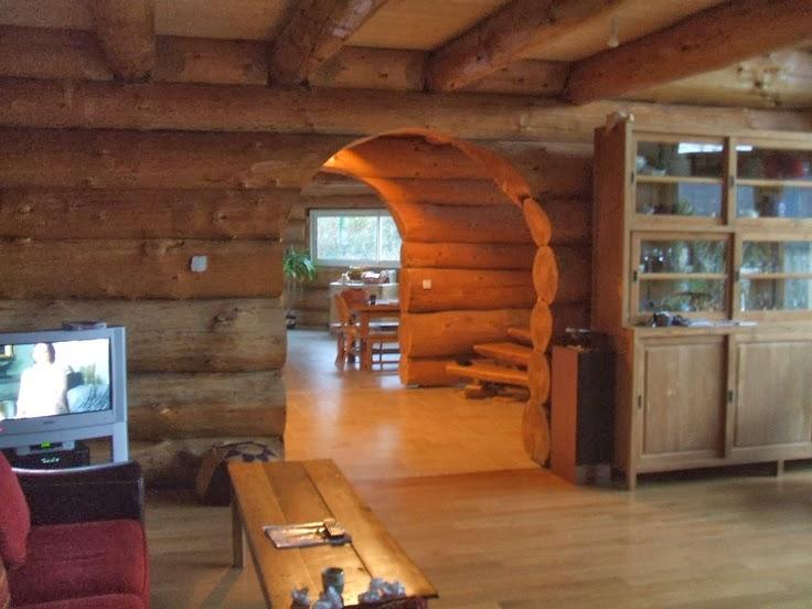 Home garden les fustes des maisons en rondins de bois for Maison rondin prix