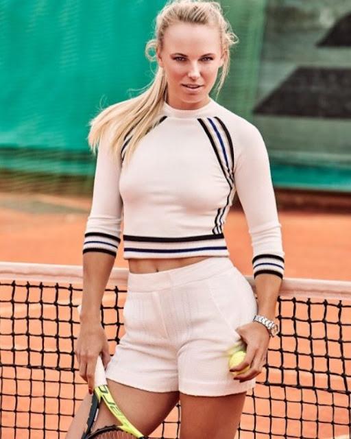 La sensual tenista Caroline Wozniacki se desnuda por completo para la portada de ESPN