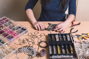 4 Tips for Buying Wholesale Jewelry Online