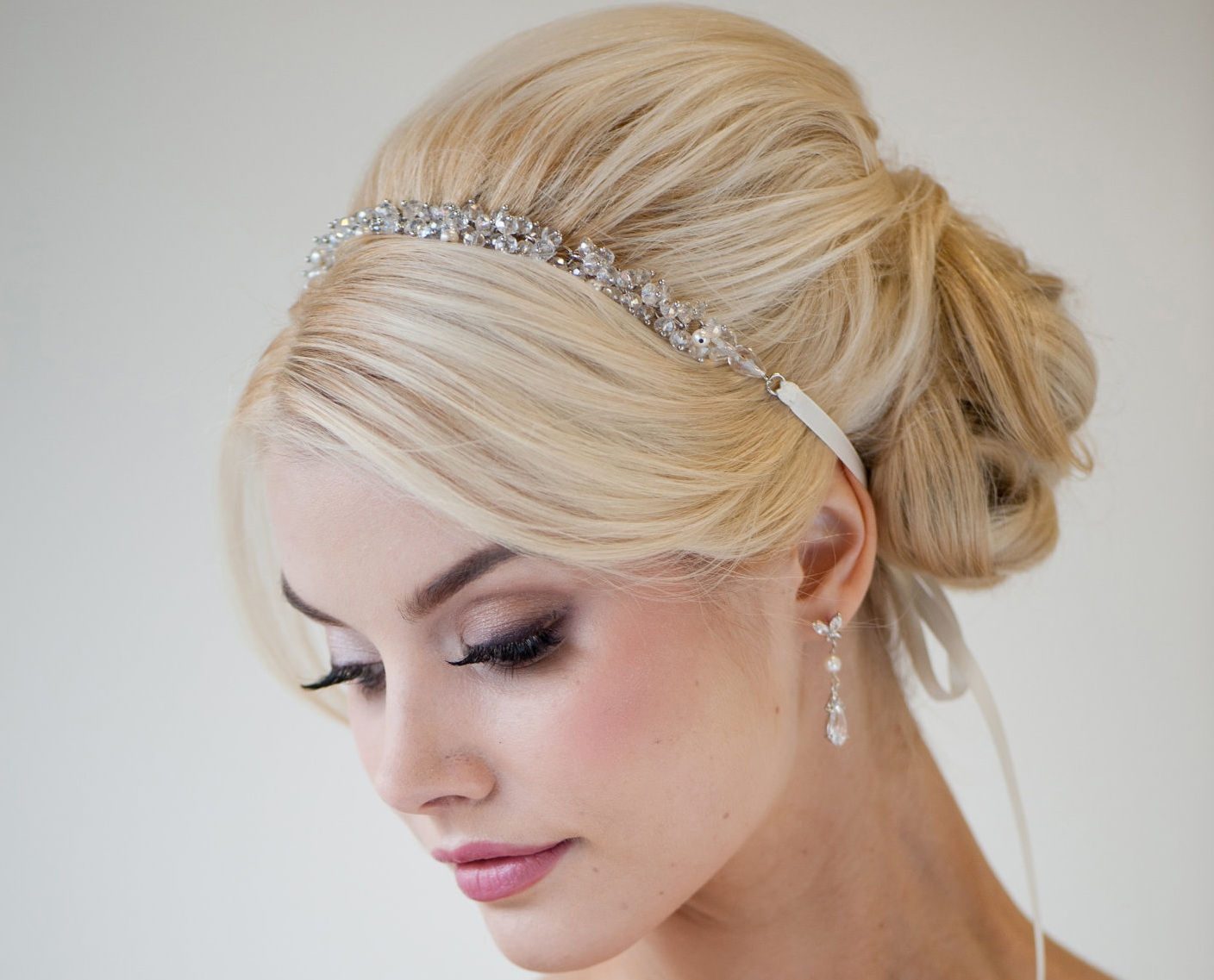 Fabulous Exquisite Wedding Hairstyles For Brides Amp Bridesmaids Hairstylo Hairstyle Inspiration Daily Dogsangcom