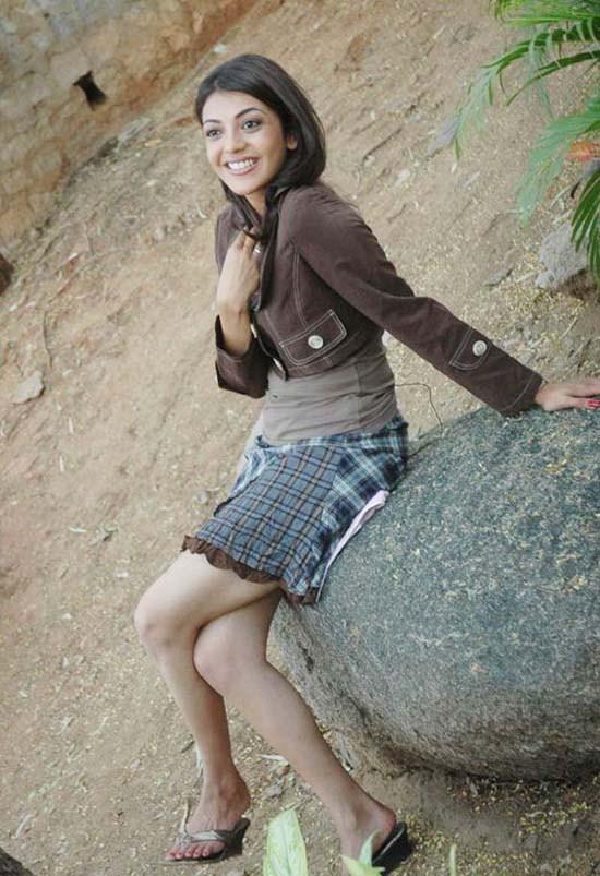 Cute Indian Actress Kajol Agarwal In Skirt Ladies Mails