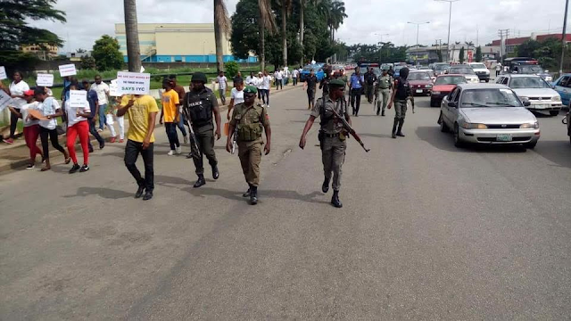 Nigeria Shakes As Protesters Different From IPOB Storm Port Harcourt...See Why (Photos)