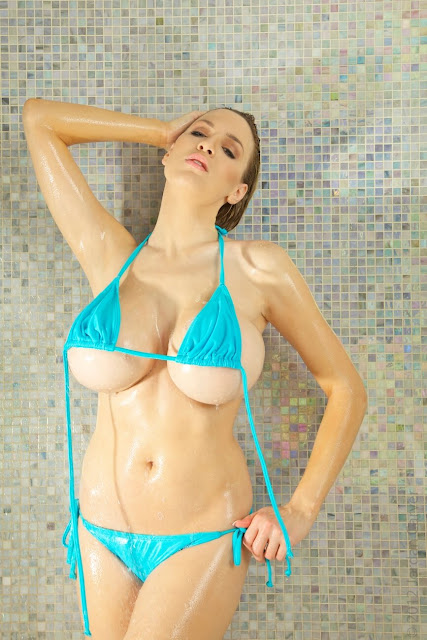 Jordan-Carver-shower-non-nude-picture-24