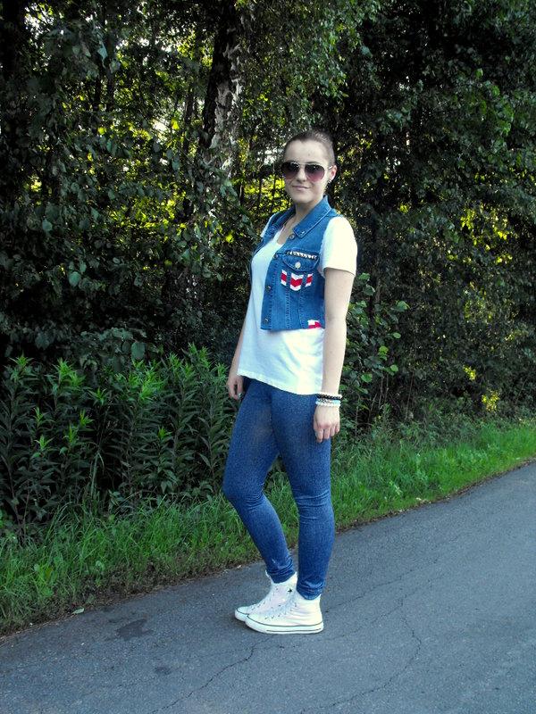 jeans i ćwieki