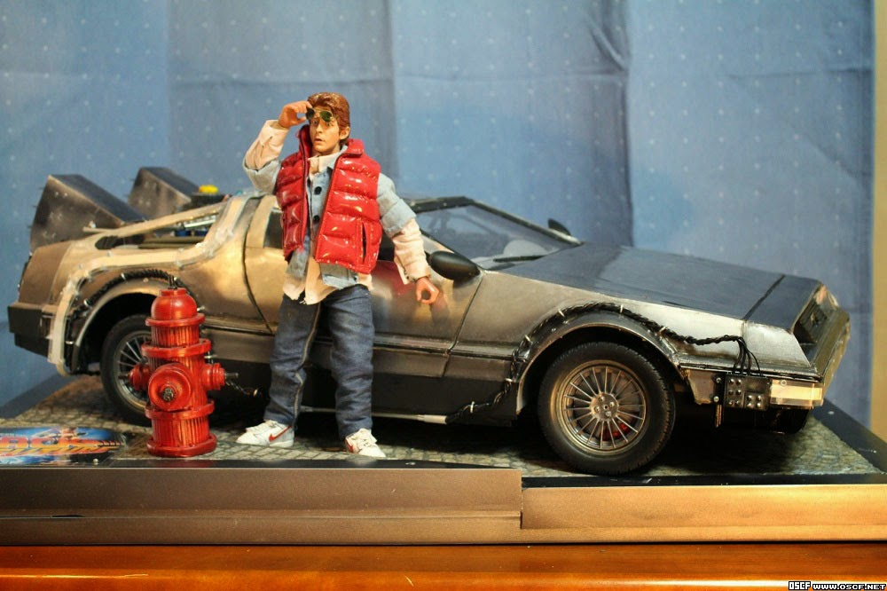Back To The Future 1//6 Scale Goodies Custom