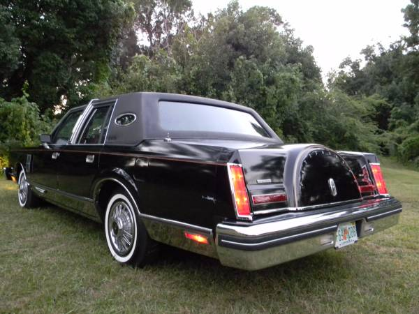1983 Lincoln Continental Mark VI Mint Only 10,000 Miles