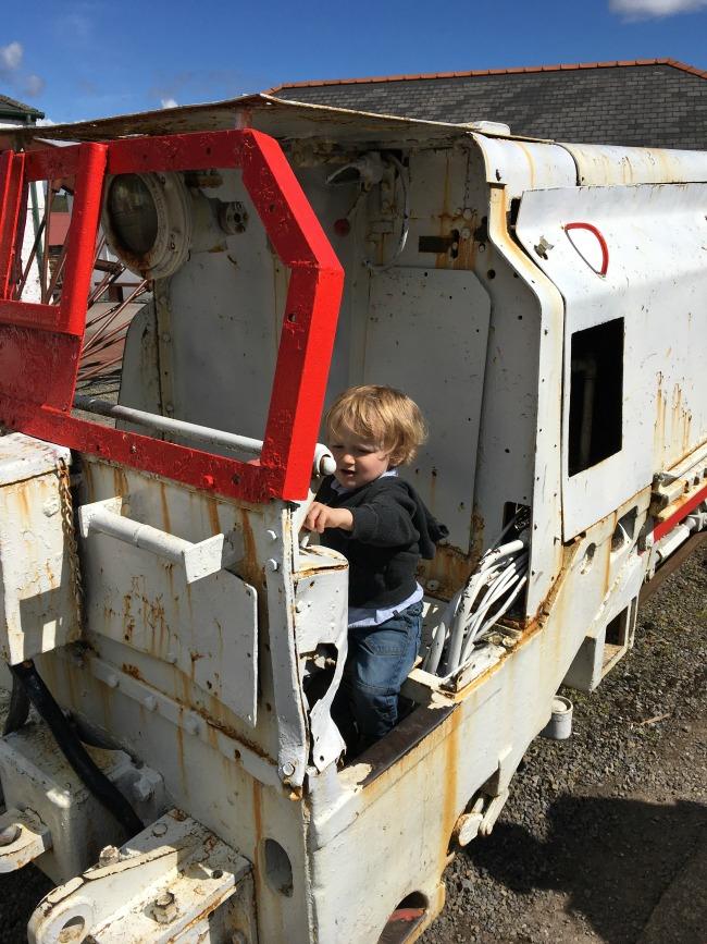 toddler-on-train-at-big-pit-blaenavon