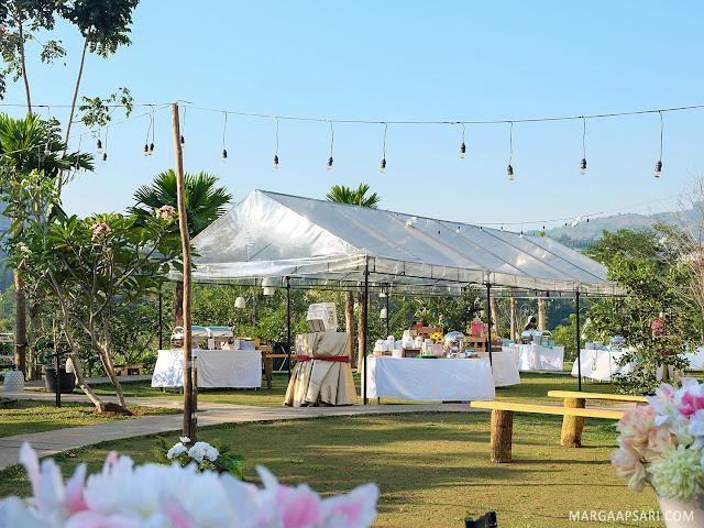 Outdoor Wedding Clove Garden Hotel - Dago Pakar, Bandung Review