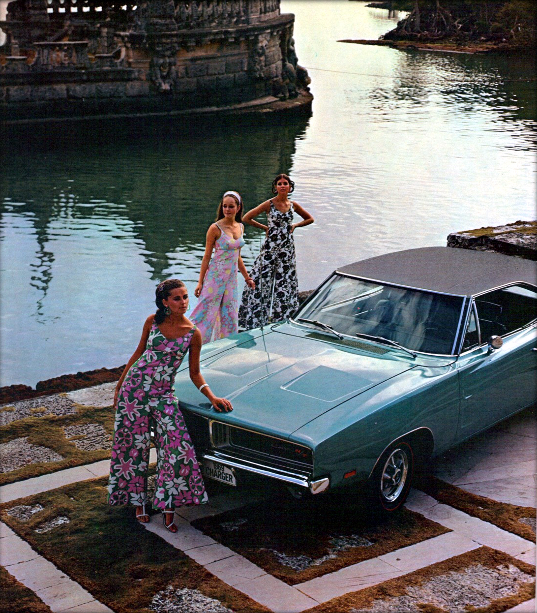 Just A Car Guy 1 28 18 2 4 Ppg Red Paint Code Honda Civic Codes Pioneer Radio Wiring Years Later And Finally 2nd Photo Shows Up From The Blue Charger Fashion Clothes Shoot At Vizcaya Museum Gardens In Miami