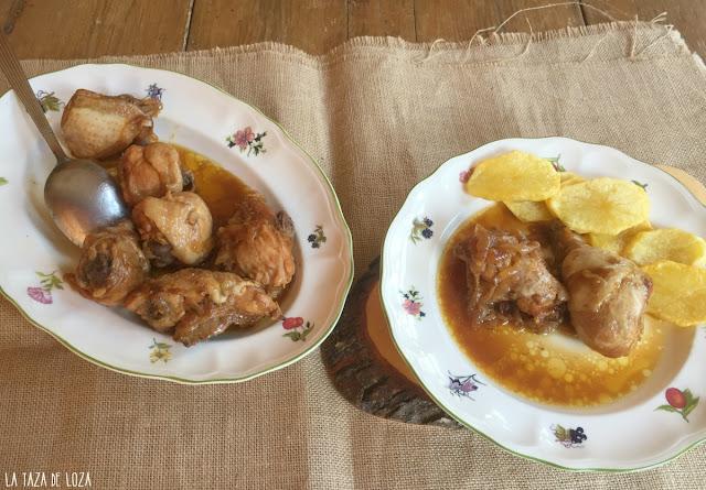 bandeja-de-pollo-en-salsa-de-cebollas-y-coñac