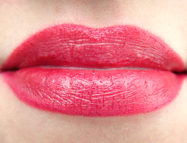 glominerals gloLip stick Lipstick in Aubergine - Review, Photos, swatches