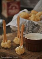 Coliflor en tempura con salsa blue cheese
