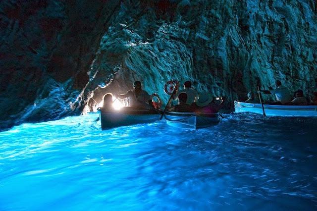 Blue Grotto na Ilha de Capri