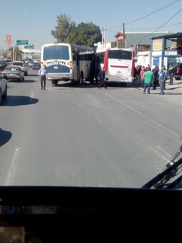 Los hechos ocurrieron cerca de las 11 00 horas sobre el bulevar Torreón-Matamoros 93258edb0f8b2