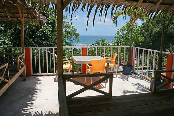 Salah satu villa di Pantai Indrayanti Gunungkidul