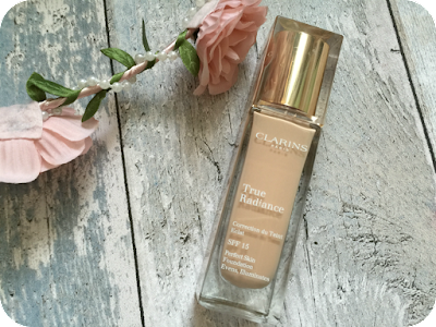 clarins true radiance foundation for a dewy complexion