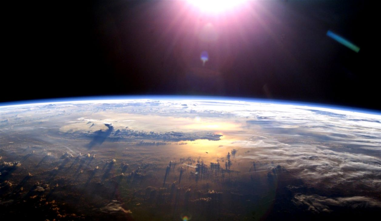 Earth From Space Hd Amazing Wallpapers