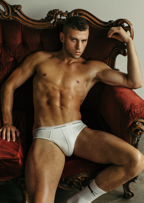 Фото парней без нижнего белья — 14