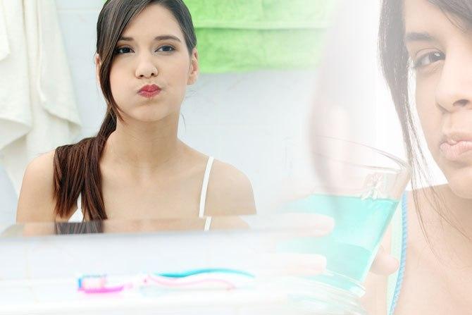 Menghilangkan Bau Mulut dengan Obat Kumur