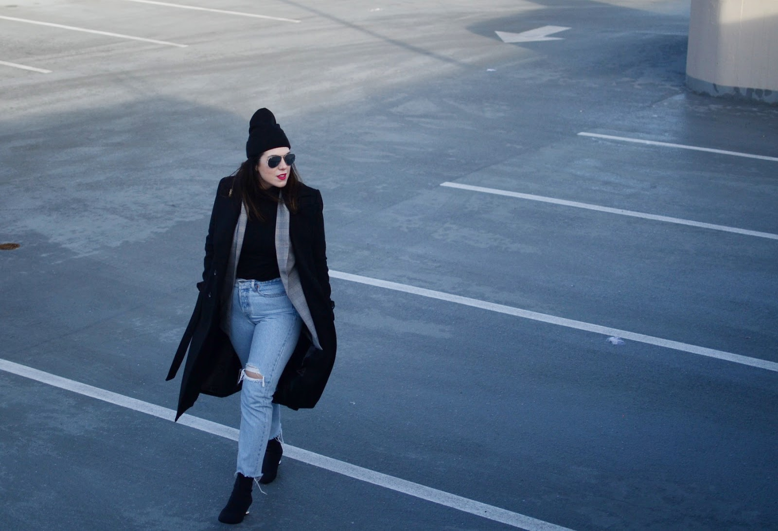Le Chateau coat layered outfit glen plaid blazer levis wedgie jeans vancouver fashion blogger aleesha harris