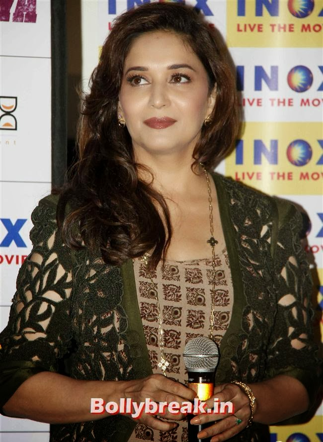 Madhuri Dixit, Madhuri & Huma at Dedh Ishqiya Press Meet