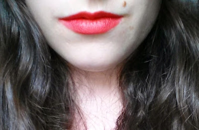 Rouges à lèvres Mega Last Lip Color Wet N Wild coral-ine swatch