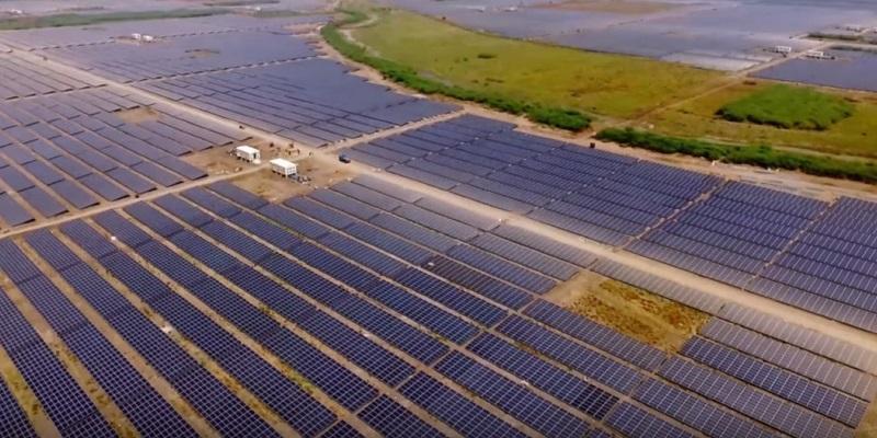 Instalaciones eléctricas residenciales - Central generadora fotovoltaica Kamuthi