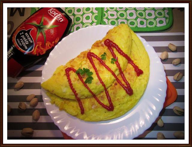 Omlet z Szynką i Serem Żółtym