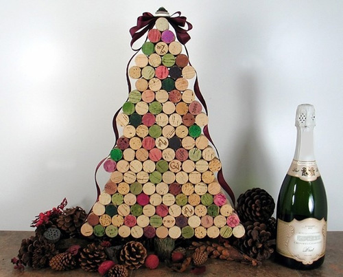 How to DIY Christmas trees made of wood