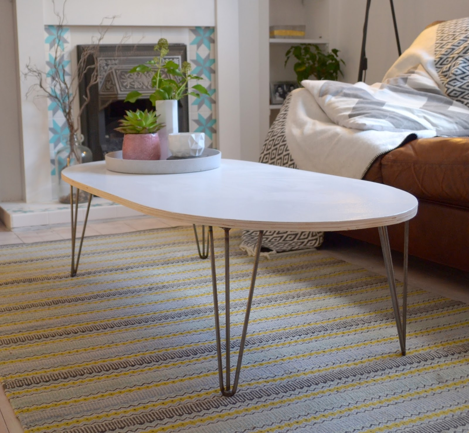 Mid Century Modern Style Coffee Table: Nostalgiecat: Mid Century Modern Style Coffee Table