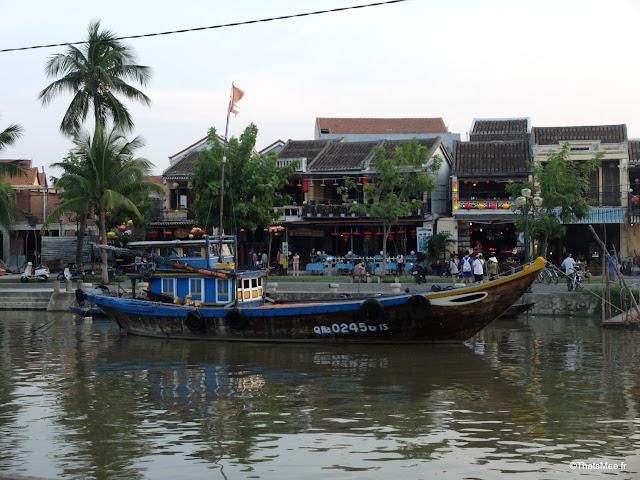 bateau peche fleuve hoi an