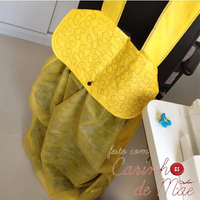 Festa carrossel mochila de TNT para colocar presentes