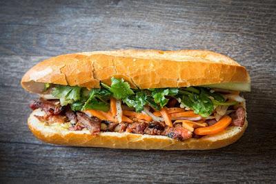 Bánh mì Việt Nam được ngợi khen là top món sanwich ngon nhất thế giới