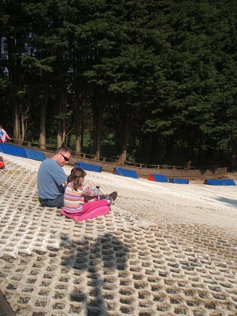five active family days out in somerset tobogganing