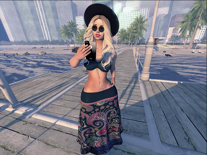 -383- Miami ,Selfie time...
