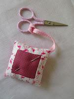 Tina's Allsorts, scissor keeper/needle rest