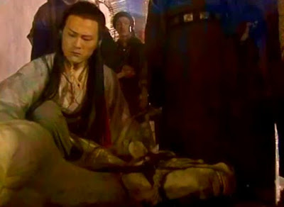 Lin Pingzhi was sad after found his horse was died