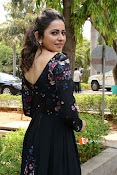 Rakul at Sarrainodu Promotion-thumbnail-10