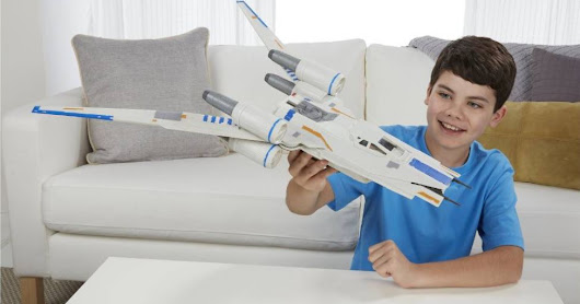 The U-Wing is the coolest toy but it will be the hottest Christmas gift this year!
