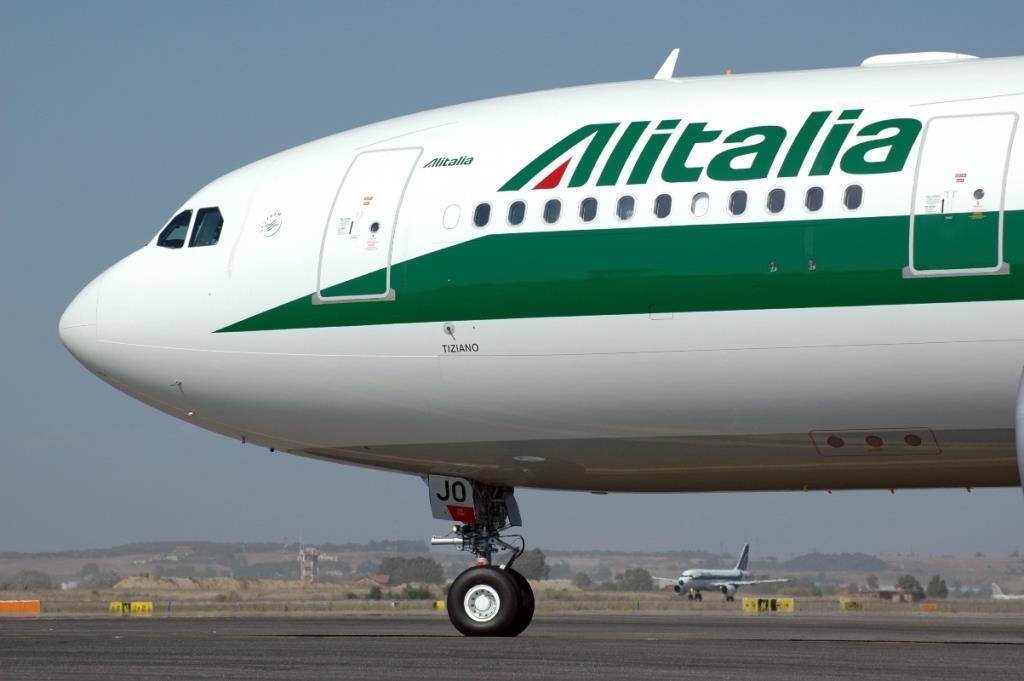 Pubblicità Alitalia e Canzone