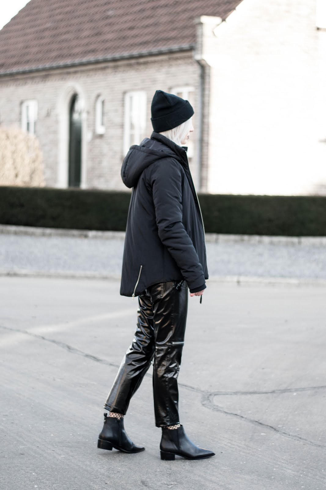 All black outfit, patent, zara, sacha boots, acne jensen inspired, karl lagerfeld hat, puffer jacket