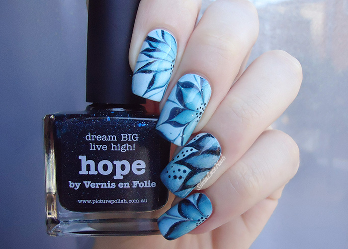 piCture pOlish Nail Art Quarterly: blue water marble flowers